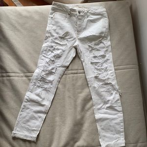American Eagle White distressed mom jeans